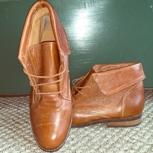 Brown Steve Madden ankle booty shoes
